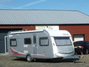 HOME-CAR 546 H bj.2007, TOP STAAT, 2 APARTE BEDDEN, MOVER